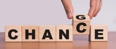 blokken die het woord 'chance' vormen